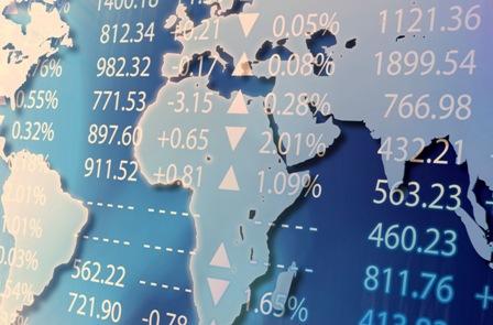 FX prehľad: Ustráchané euro, posilnený jen a zlomený kanadský dolár