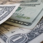 Americký dolár vyčkáva na FED